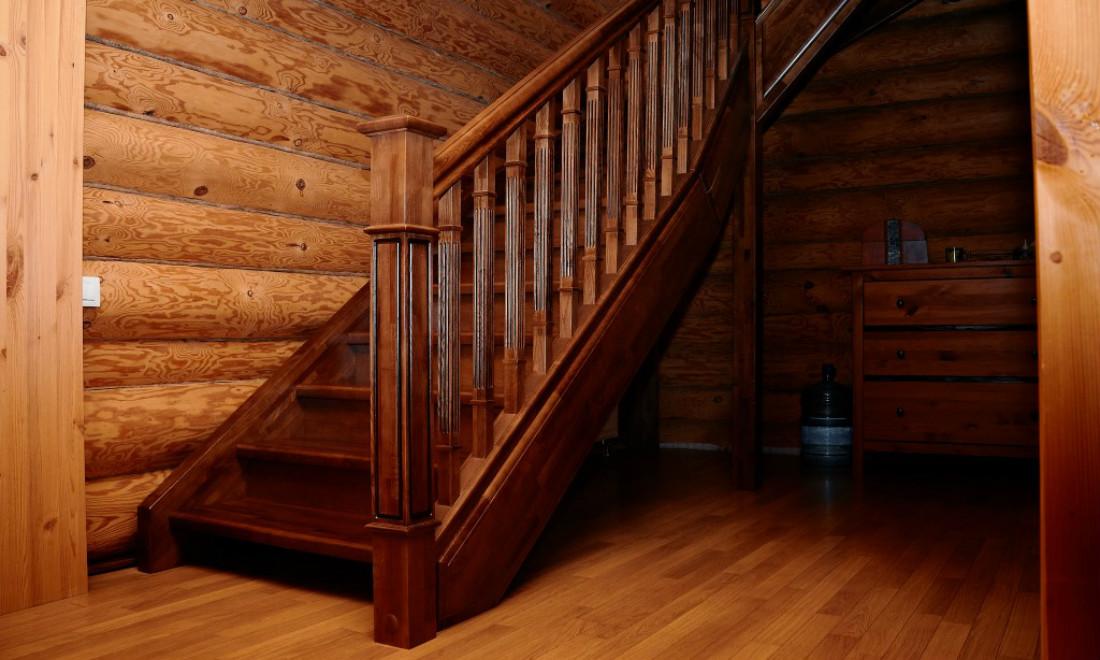 Картинки деревянных лестниц в деревянном доме
