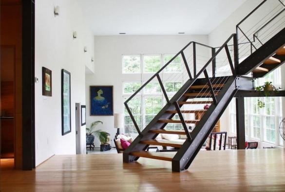Изготовление и монтаж металлических лестниц на второй этаж. Стоимость. Лестницы деревянные/железные.
