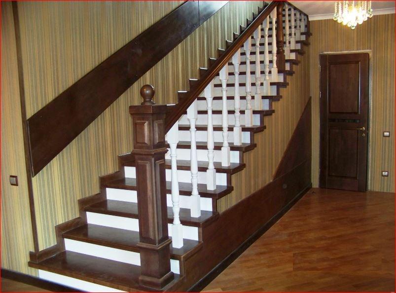 Деревянные лестницы из ясеня недорого
